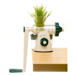 Best Juicer for Celery and Greens